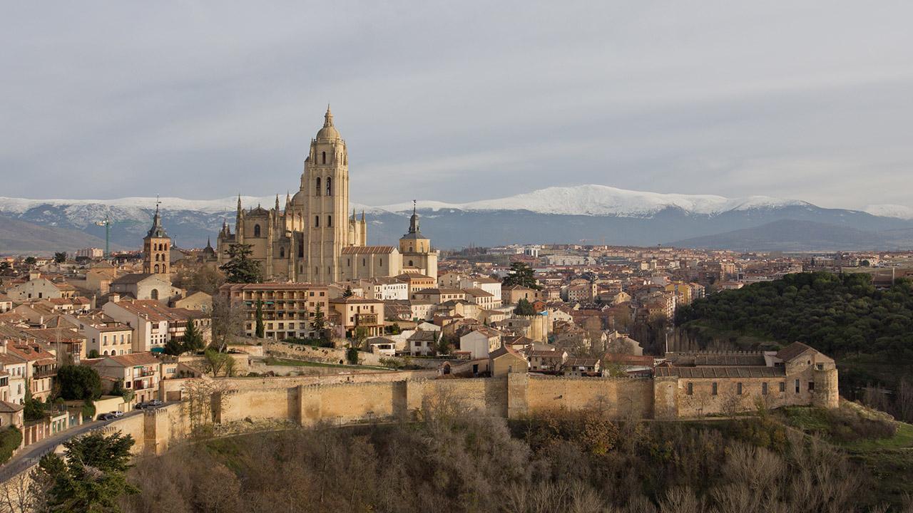 Viajes de un d a fuera de madrid la aventura espa ola - Viaje de novios espana ...