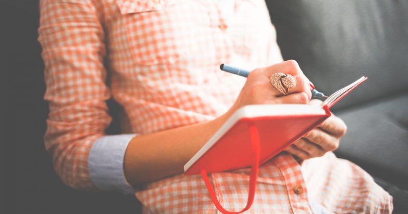 Frases para escribir un email o una carta en español