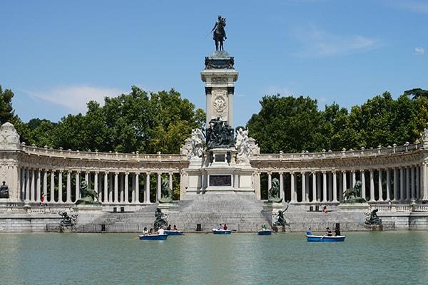 Parque Retiro Sitios en Madrid para disfrutar de la primavera