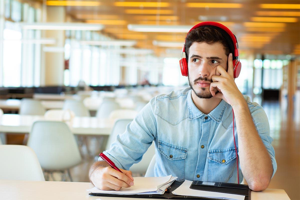 Top 10 Espacios para estudiar gratis en Madrid